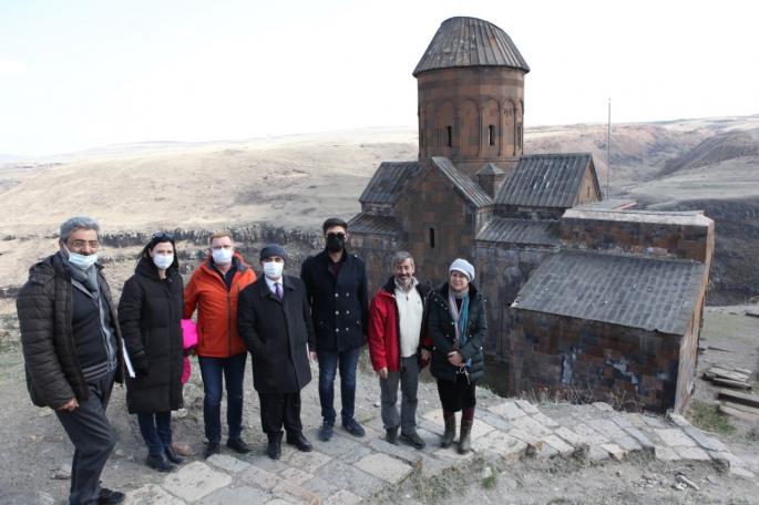 Hidalgo, Ani Arkeolojik Alanını gezdi