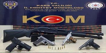 Kars'ta bir işyerine silah operasyonu düzenlendi