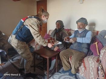 Kars Jandarma Yaşlılarımızın Yanında