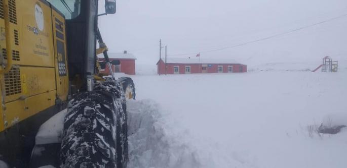Kars'ta Köy yolları ulaşıma kapandı