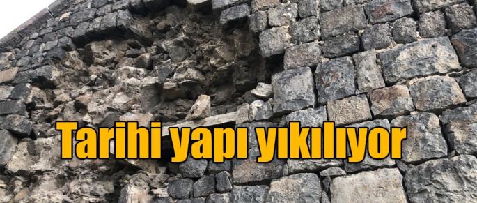 Kars'ta Tarihi Yapı Yıkılıyor!