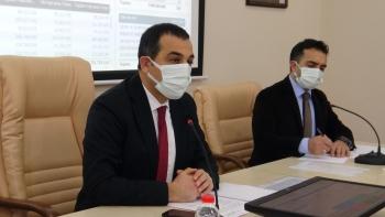 Vali Öksüz açıkladı aşı Kars'a geldi